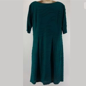 Dress Barn Dresses - 20W 2X▪️SEXY DARK GREEN TEXTURED DRESS Plus Size